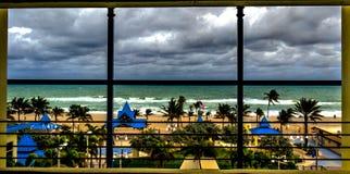 Spiaggia tempestosa di Hollywood fotografie stock libere da diritti