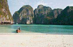 Spiaggia tropicale, baia del Maya, Tailandia fotografia stock