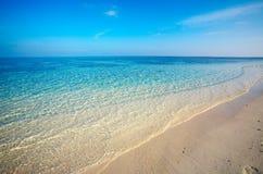 Spiaggia tropicale della sabbia Fotografia Stock Libera da Diritti