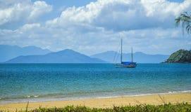 Spiaggia tropicale di missione Immagine Stock Libera da Diritti