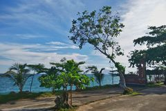 Spiaggia tropicale di paradiso in Indonesia fotografia stock