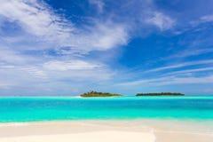 Spiaggia tropicale idillica Immagini Stock