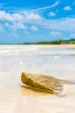 Spiaggia tropicale vergine alla chiave dei Cochi (Coco di Cayo) in Cuba Fotografia Stock Libera da Diritti