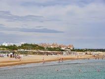 Spiaggia turca nella città di Adalia Fotografie Stock Libere da Diritti