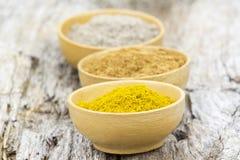Spices - cardamon, cinnamon, curry Royalty Free Stock Photos