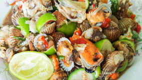 Spicy cockle salad, yum hoi krang Royalty Free Stock Photos