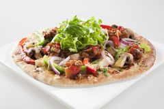 SPICY GOURMET EGGPLANT AND CAPSICUM PIZZA Royalty Free Stock Photography