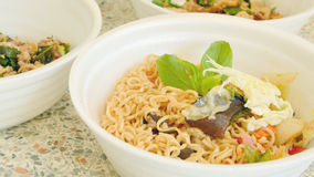Spicy instant noodle salad Royalty Free Stock Photography