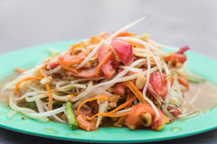 Spicy papaya salad. (som tum) - thai food Stock Photography