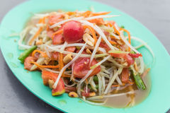 Spicy papaya salad. (som tum) - thai food Royalty Free Stock Images