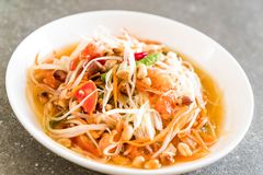 Spicy papaya salad (Traditional Thai food) Stock Photos