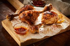 Spicy seasoned chicken legs or drumsticks Royalty Free Stock Photos