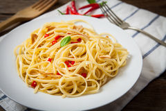 Spicy stir fry noodles Stock Photography