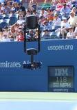 Spidercam powietrznej kamery system używać dla transmisi od Arthur Ashe stadium przy us open 2013 fotografia royalty free