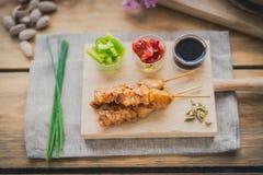 Spiedo di yakitori del pollo fotografia stock libera da diritti