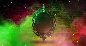 Spiegeln Sie magisches, Wahrsagerei und Erfüllung von Wünschen wider Backsteinmauer mit dickem Rauche, stockbild