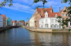 Spiegelrei och Langereien i Bruges Belgien Europa arkivbild