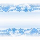 Spiegelscène van het Landschap van de Sneeuwberg Stock Afbeeldingen