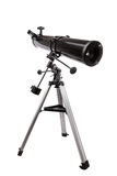 Spiegelteleskop mit Stativisolierung Stockfotos