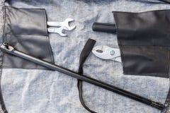 Spieghi la borsa della borsa degli arnesi per la riparazione generale fotografia stock libera da diritti