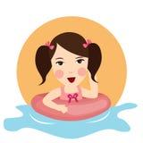 Spiel des jungen Mädchens in der Wasser baloon Schwimmen-Spaßkindheit glücklich Stockbilder