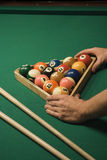 Spiel des Pools (Billiard) stockfotos