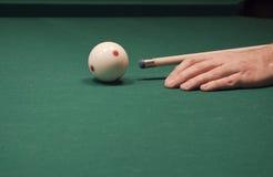 Spiel des Pools (Billiard) lizenzfreie stockfotografie