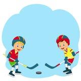 Spiel-Eishockey mit zwei Jungen Stockfoto