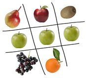 Spiel von tris mit Gemüse lizenzfreie stockfotos