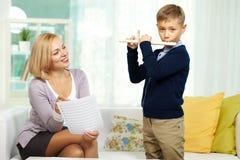 Spielen der Flöte Lizenzfreie Stockbilder