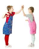 Spielen der kleinen Schwestern Stockfoto