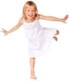 Spielen des kleinen Mädchens stockfotos