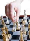 Spielen des Schachs Stockfotografie