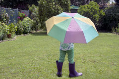 Spielen nach dem Regen Stockfotografie
