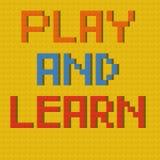 Spielen Sie u. lernen Sie auf Lego-Brett Stockbilder