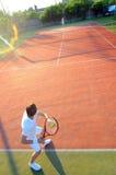 Spielen von Tennis Lizenzfreies Stockbild