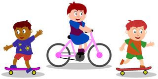 Spielende Kinder - Straßen-Spiele Stockbild