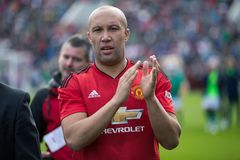 Spieler tun einen Schoss Ehre bei Pairc Ui Chaoimh, für das Liam Miller Tribute-Match lizenzfreies stockfoto