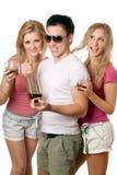 Spielerische blonde Frau zwei und junger Mann Lizenzfreie Stockbilder