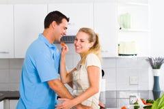 Spielerische Paare Lizenzfreies Stockfoto