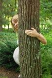Spielerische schwangere Frau Stockbild
