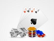 Spielkarte Aces mit Würfel- und Kasinochips Stockfotos