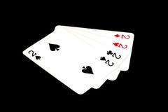 Spielkarten auf einem bunten weichen Hintergrund Lizenzfreies Stockfoto