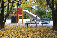 Spielplatz in der Herbstsaison Deutschland Stockbild