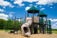 Spielplatz an einem sonnigen Tag Stockbild