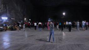 Spielplatz im Salzbergwerk Praid stock video