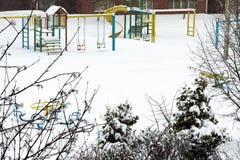Spielplatz im Winter Lizenzfreie Stockfotografie
