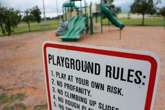Spielplatz-Regeln Lizenzfreie Stockfotos