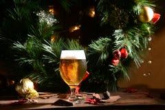 Spielwaren des neuen Jahres des Weihnachtsbieres stockfoto