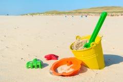 Spielwaren am Strand Lizenzfreies Stockbild